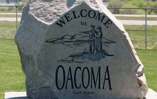 Oacoma Welcome Sign